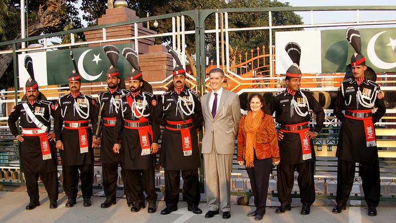 US Ambassador in Lahore at Wahga Border