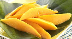Mango-SlicedFree-Download-Wallpaper