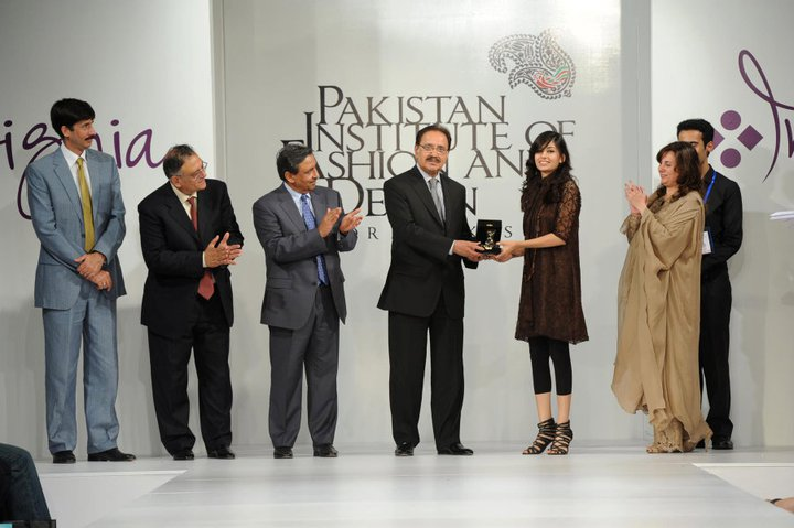pakistan institute of fashion and design dost pakistan